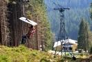 Sedačková lanová dráha vedoucí z Pece pod Sněžkou na Trutnovsku přes Růžovou horu na Sněžku, která je nejstarší dochovanou původní lanovkou v Česku, ukončí 2. září po 63 letech svůj provoz.