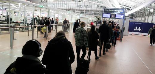 Odbavovací hala letiště v Hamburku (ilustrační foto).