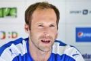 Překvapení v Anglii. Čech po sezoně ukončí fotbalovou kariéru.
