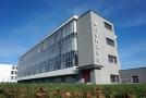 Budova Bauhaus bývala školním komplexem, který postavil Walter Gropius.