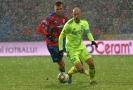 Kapitán Karviné Marek Janečka opouští tým a vrací se do Trnavy. Na fotce s Tomášem Chorým.
