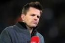 VIDEO: Komentoval zápas anglické ligy, pak zažil děsivou nehodu.