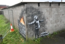 Dílo Banksyho v jižním Walesu.