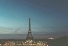 Pohled na noční Paříž.