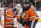 Koskinenovi vyšla štace v zámoří a v Edmontonu zůstane i nadále.
