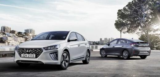 Hyundai odhaluje druhou generaci revolučních modelů IONIQ.