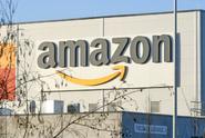 Amazon vyvinul speciální vesty pro skladníky. Ochrání je před roboty