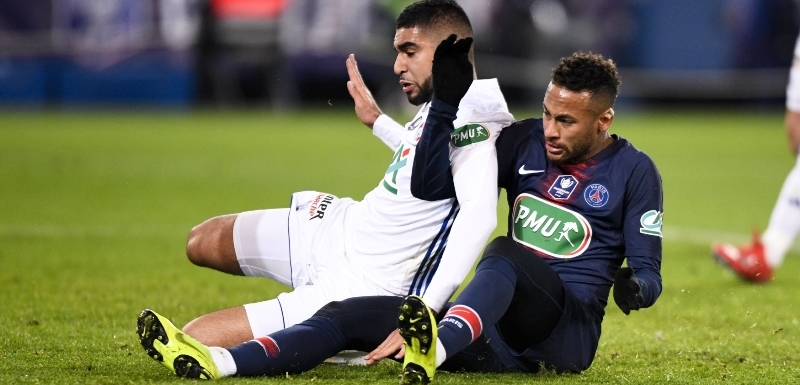 957f193f9ae48 Neymar si znovu zranil nohu. Nejsme pro legraci, vzkázal soupeř ...