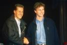 Zleva: bývalí jezdci formule 1 Michael Schumacher a Eddie Irvine.