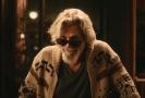 Jeff Bridges jako kultovní postava The Dude v reklamě na pivo.
