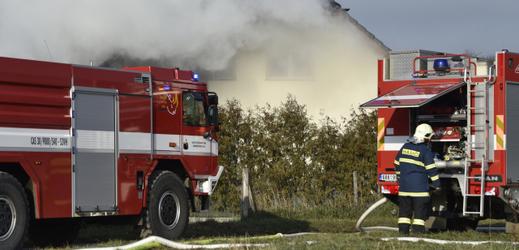Požár domu (ilustrační foto).