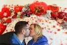 Na zámku Valdštejnů v prostorách stálé expozice Srdceráj v Litvínově na Mostecku se 14. února slavil svátek svatého Valentýna. Zamilovaní se mohli nechat vyfotografovat v bráně lásky.