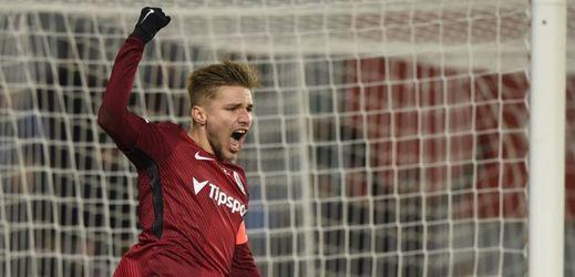 Martin Frýdek zařídil Spartě výhru gólem z penalty.