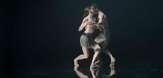 Taneční duo Rafales.