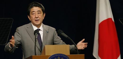 Japonský premiér Šinzó Abe nominoval Donalda Trumpa na Nobelovu cenu.