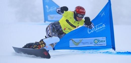 Suverénní jízdy si Ester Ledecká pokazila chybou v semifinále.
