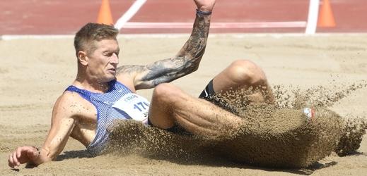 Radek Juška splnil limit skokem dlouhým 788 centimetrů.