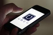 Uber zavádí novinku: kromě auta sveze zákazníky také člunem