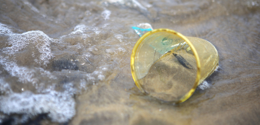 Izrael se potýká s velkou mírou znečištěných pláží.