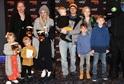 Klus a Svátková vyvedli děti do kina.