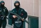 Německá policie popřela, že by razie měla co do činění s teroristickým útokem.