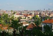 Životní úroveň je dobrá, říkají Češi. Voliči levice jsou kritičtější