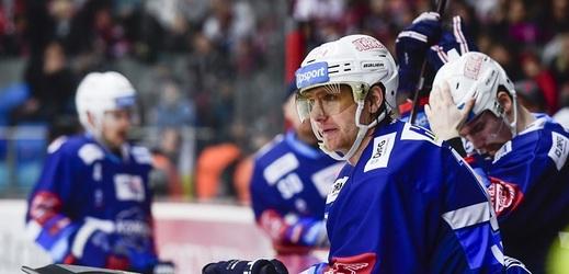 Útočník Komety Brno Martin Erat dostal od disciplinární komise extraligy distanc na jeden zápas.