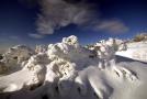 Lavina spadla v pohoří Rax (ilustrační foto).