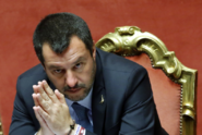Občanství je vážná věc, a ne vstupenka do lunaparku, tvrdí Salvini