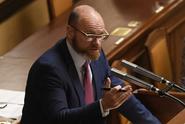 Ministr Plaga: Vláda plní slib o zvyšování platů učitelů