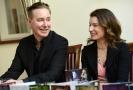 Švédští manželé Alexander Ahndoril a Alexandra Coelho Ahndorilová píšící společně pod pseudonymem Lars Kepler kriminální romány vystoupili na tiskové konferenci 9. dubna 2019 v Praze.