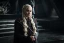 Daenerys (Emilia Clarkeová) ze seriálu Hra o trůny.