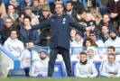Maurizio Sarri na střídačce Chelsea.
