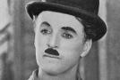 Král komiků Charlie Chaplin.