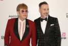 Sir Elton John (vlevo) a jeho manžel David Furnish.