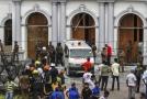 Záchranáři na místě útoku na Srí Lance.