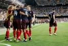 ŽIVĚ: Arsenal míří do finále, Chelsea je v problémech.