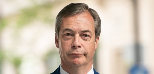 Nigel Farage může být s výsledky průzkumu spokojený.