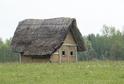 Na snímku je dokončený obytný dům hrnčíře.