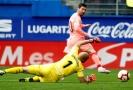 Lionel Messi (v růžovém) při jedné ze svých dvou branek.