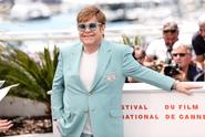 Elton John ve filmu: Brýlatý oplácaný kluk, který se dotkl hvězd