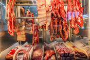 Z Polska dorazilo další maso se salmonelou. Všechno se asi snědlo