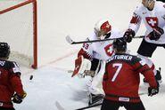 Kanada byla půl vteřiny od vypadnutí. Do semifinále ji doprovodí Rusko