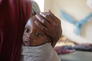 Pohřebiště lidí, hlavně dětí. Čištění řeky odkrývá hrůzné osudy