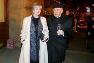 Petr Kostka a Carmen Mayerová chystají rodinnou sešlost