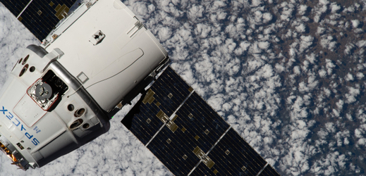 Nákladní loď Dragon společnosti SpaceX.