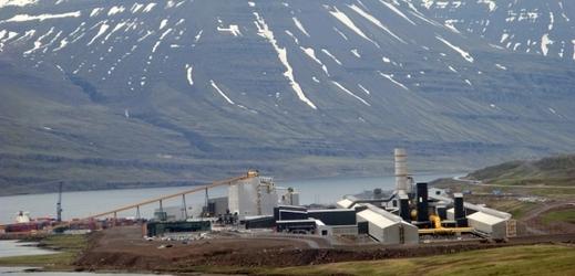 Alchymisté na Islandu mění oxid uhličitý ve skálu.