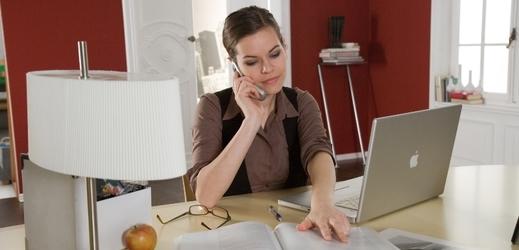 V chladnějším prostředí se podle výzkumu pracuje ženám hůře.
