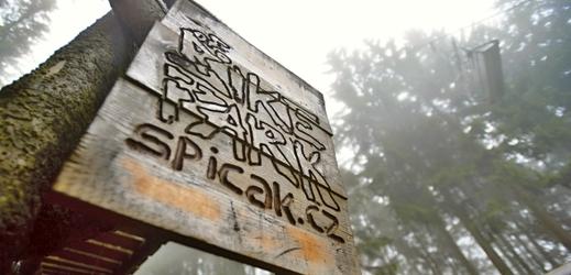 Bikepark Špičák zahajuje letní sezonu.