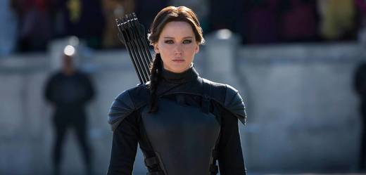 Katniss Everdeenová (Jennifer Lawrenceová) ve filmu Hunger Games.